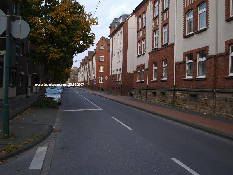 Robert-Koch-Str.